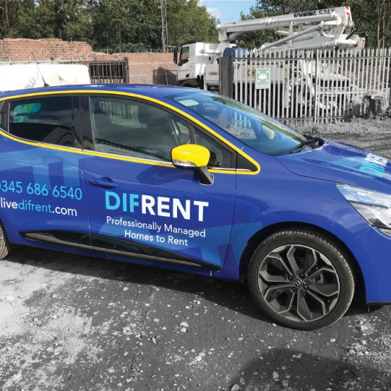 difrent-renault-clio-full-wrap-off-side